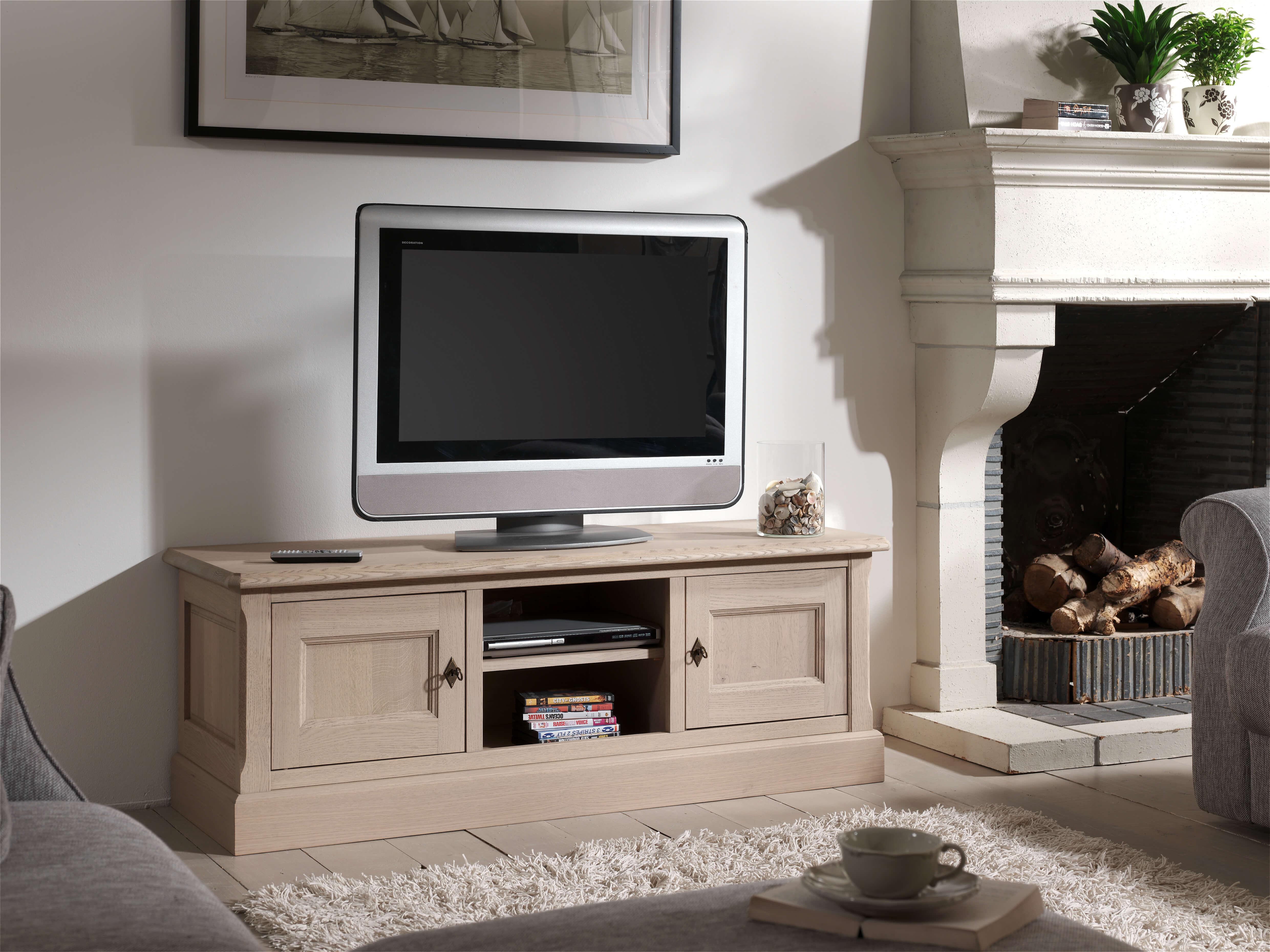 Pastorij stijl tv kasten in eik en diverse kleuren